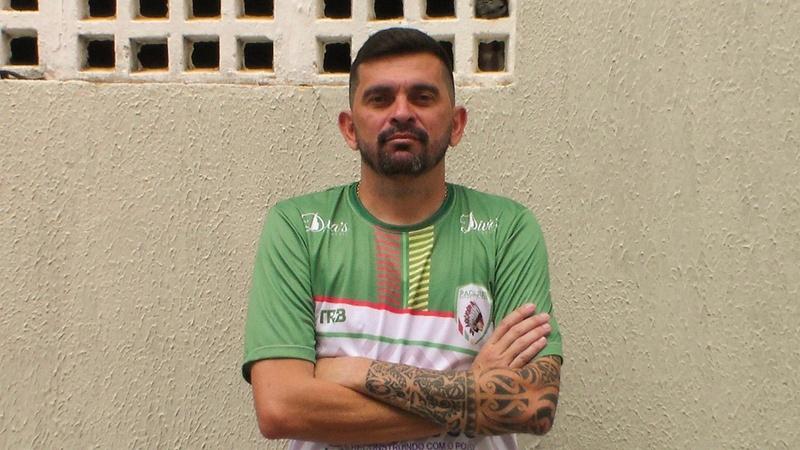 Valdir Papel, auxiliar técnico do Pacajus
