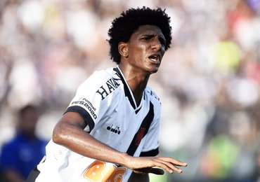 Jogo contra o Bangu marcou a estreia da Havan no uniforme vascaíno