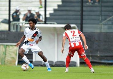 Vasco empata com o Bangu na estreia do Carioca; 0 a 0