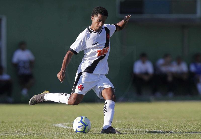 Zagueiro já marcou dois gols nesta edição da Copinha
