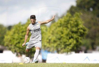 Andrey durante treinamento do Vasco