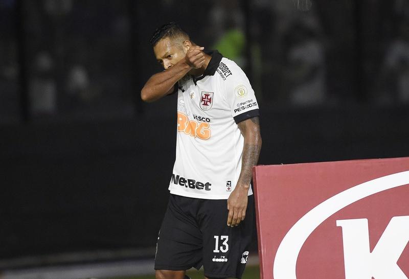 Guarín ainda não acertou permanência no Vasco