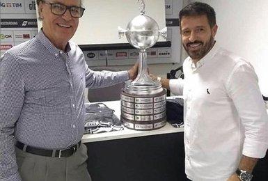 Antônio Lopes e Ramon participaram da conquista da Libertadores em 1998