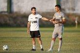 Ramon Menezes conversa com Raul (Foto: Reprodução da Internet)