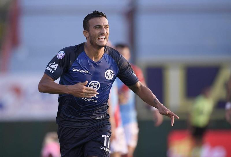 Guilherme Parede foi negociado pelo Coritiba com o time argentino