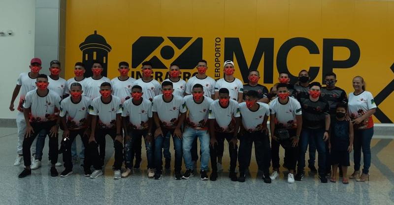 Delegação do Trem que embarcou para o confronto contra o Vasco