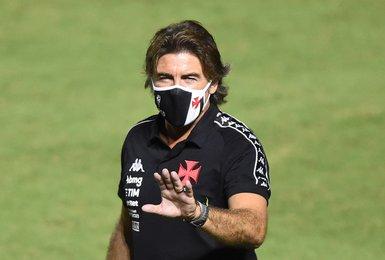 Ricardo Sá Pinto em sua estreia