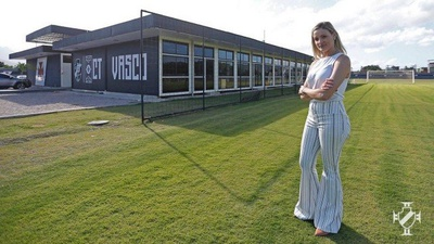 Keli Holland assume a gerência do CT do Vasco