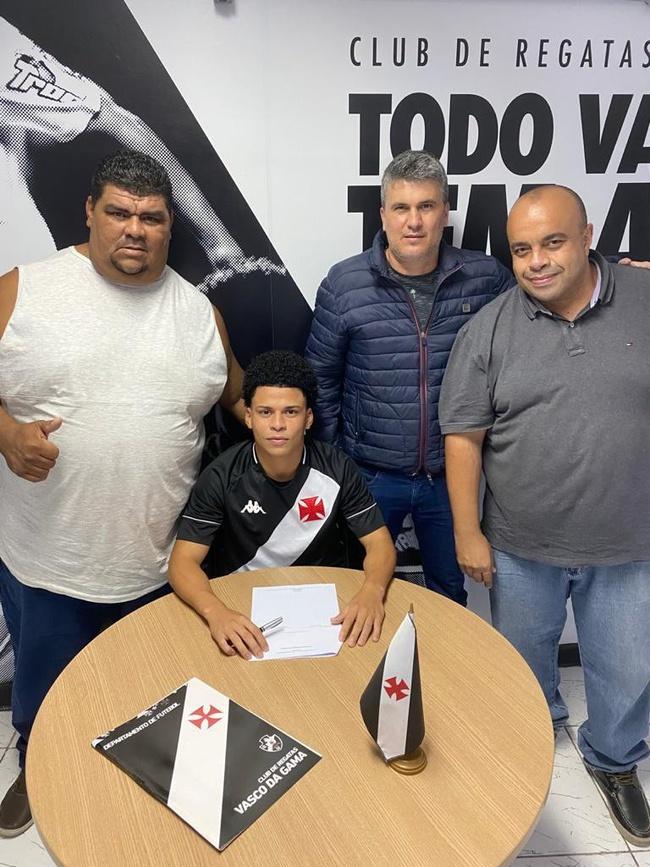 Emerson Urso, vindo do São Caetano, vai defender o sub-20 do Vasco