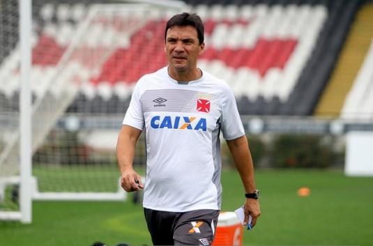 Veja as fotos do primeiro treino de Zé Ricardo no Vasco - SuperVasco a8372de84f583