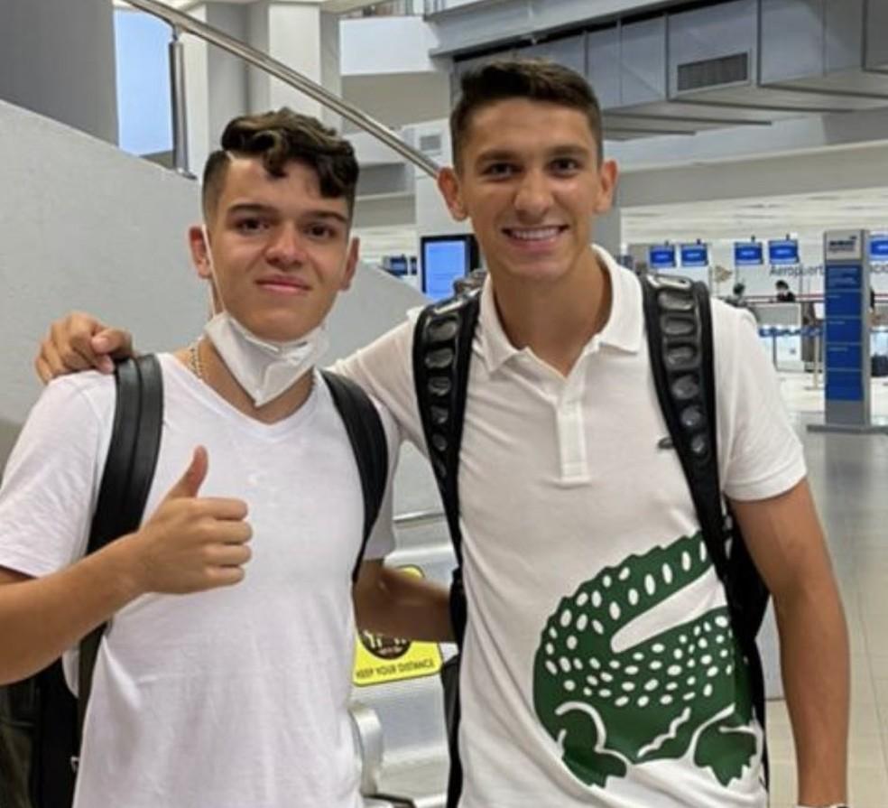 Diego Fernandez e Elias Ovelar, reforços paraguaios do Vascoo