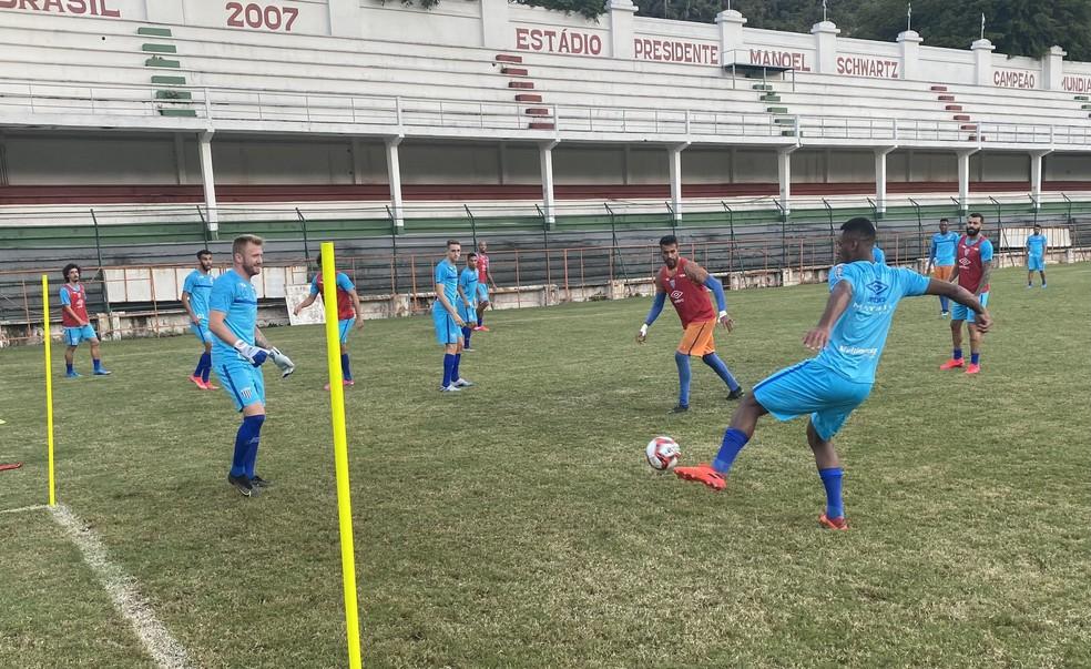 Avaí treina nas Laranjeiras em preparação para duelo com o Vasco, em São Januário