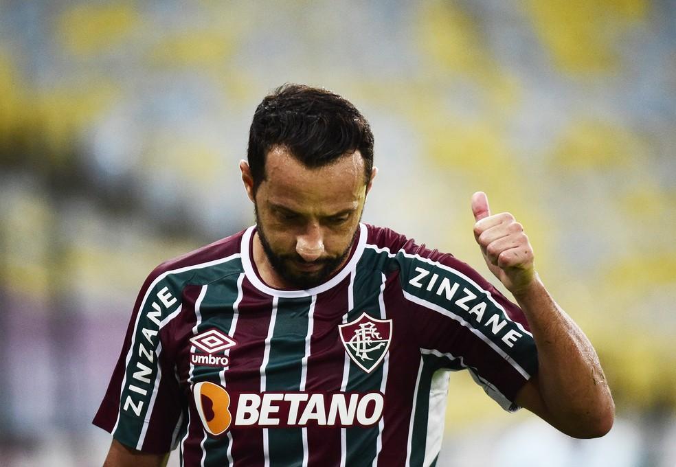 Nenê em ação pelo Fluminense